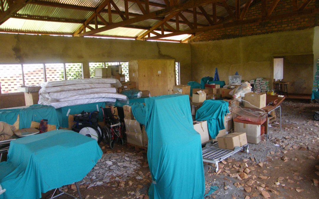 2009-10 – Allestimento Poliambulatorio Bangui